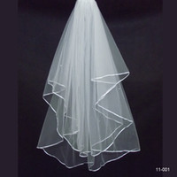 Wholesale Amazing Price New Real Sample Cheap In Stock T Pearls Beaded Ivory Or White Tulle Wedding Bridal With Comb Veil