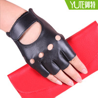 Wholesale Ms Royal simple manicure special spring and summer thin leather gloves sheepskin gloves leather gloves half finger gloves women