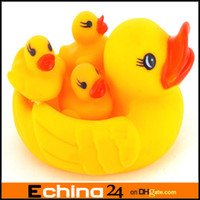 Rubber Race Cute Ducks  0-12 Months Christmas Hot Selling TOP Quality Baby Rubber Race Cute Ducks Family Squeaky Bath Toys For Kids