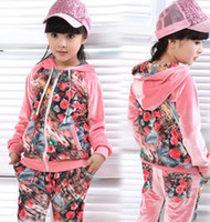Wholesale EMS FREE Korean Hot Character Velvet Rose Printed Set Older Children Girls Tracksuit Casual Autumn Vintage Flowers Outfits B1383