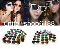 Wholesale hot beach sunglasses classic style mens sun glasses womens designer sunglasses mens glasses