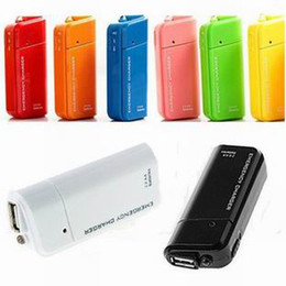 Wholesale Pieces Battery Power USB Portable Emergency Charger For iPhone iPod Android HTC Samsung Blackberry Sony Ericsson