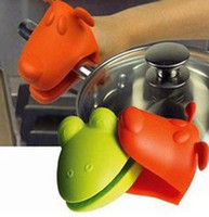 Wholesale 10PCS Dog Doggie Design Pliable Silicone Pot Holder Silicone Glove Oven Mitt high quality