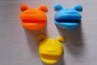 Wholesale 5PCS Dog Doggie Design Pliable Silicone Pot Holder Silicone Glove Oven Mitt high quality
