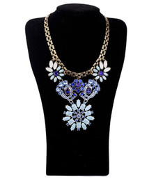 Vintage Style Metal Colorful Rhinestone Crystal Resin Gem Flower Pendants Choker Necklaces