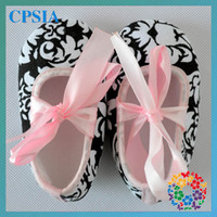 Wholesale 2013 New Arrival tie crib shoes newborn baby shoes baby shoes pairs