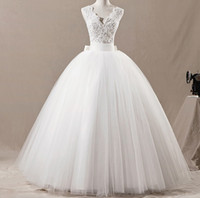 Wholesale New Vintage Ball Gown Wedding Dress White V neck Lace Top Bow Embellished Net wedding Dresses