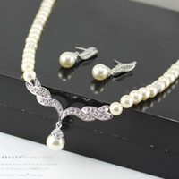 Wholesale Jewelry Wedding Necklace Earring Party Jewelry Set bridal two piece Silver Gold Plated Drop Pearl And Rhinestone Crystal Jewelry set