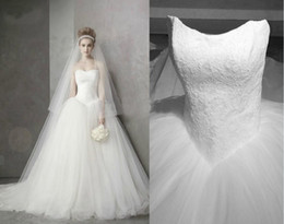 Wholesale New bridal gown Actual Images Hot sale Fashion strapless Ball Gown Wedding dresses Bridal Gow