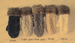 Wholesale LLFA2048 G twist lovely lady winter pure manual weaving upset warm feather fashion hang neck wool gloves