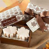 Wholesale sale wedding supplies Wedding Favor Gift maple leaf shaped handmade soap for wedding gift
