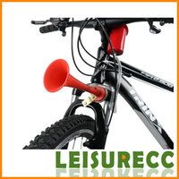 Wholesale Bicycle siren air horn Hand Speaker riding bicycle bell loud drive dog driving the wolf