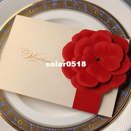 Wholesale Ivory with Red Giant Rhinestone Flower Wedding Invitation Card with Envelopes and Seal Available High Quality