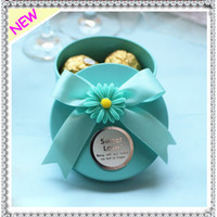 Blue tiffany box - European Style Cylinder shaped Romantic New Wedding Candy Box Metal Case With Beautiful Ribbon and Cute Flowers Blue