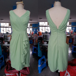 Wholesale Actual Image Mint V neck Ruffle Chiffon Knee Length Party Dresses A Line Pleated Bridesmaid Dress Custom made