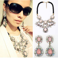 Wholesale 2PCS New Fashion Womens Luxury Crystal Crew Pink Flower Statement Necklace amp Earrings JN02007 JE06039 M