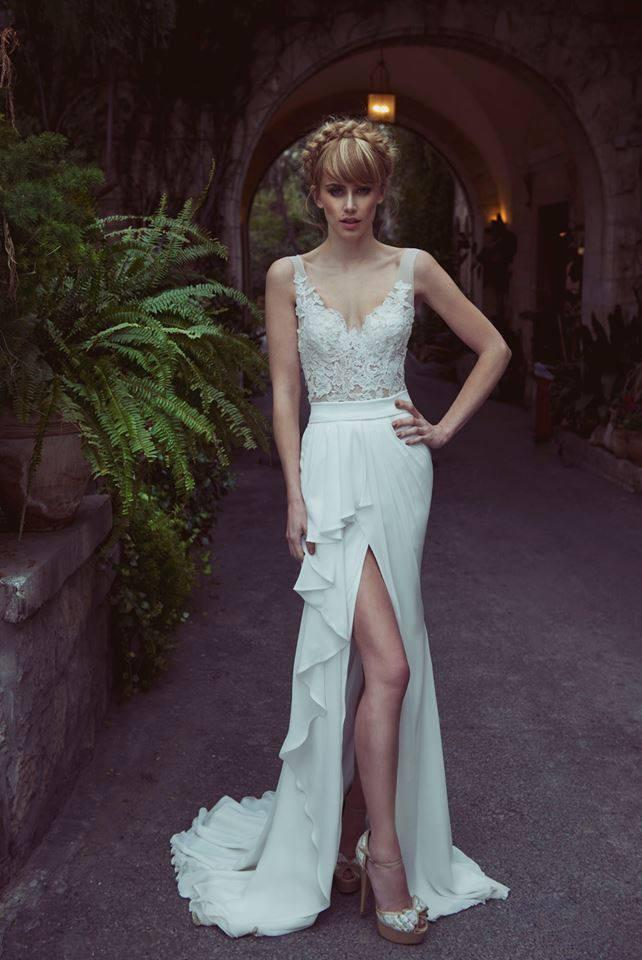 Cheap Berta Bridal Summer Wedding Dresses 2016 Sheer Straps Lace Appliques Bodice Ruffled