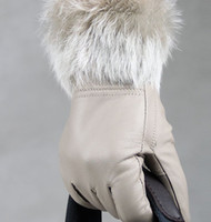 Wholesale fashion Women rabbit fur fringed Genuine leather gloves skin gloves LEATHER GLOVES mixed color pairs