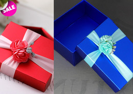 Wholesale Hot Selling Pics Wedding Favor Box Pink Gift Box Wedding Candy Box With Ribbon Wedding Party Favors