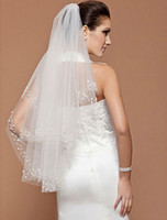Wholesale New Fingertip Length T White Ivory Beading Wedding Veil Bridal Veils Wedding Accessories With Comb DH0091