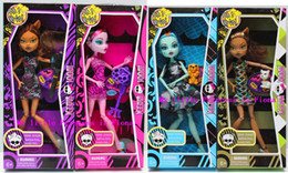 Wholesale With BOX and Accessory Monster High dolls new styles hot seller girls plastic toys