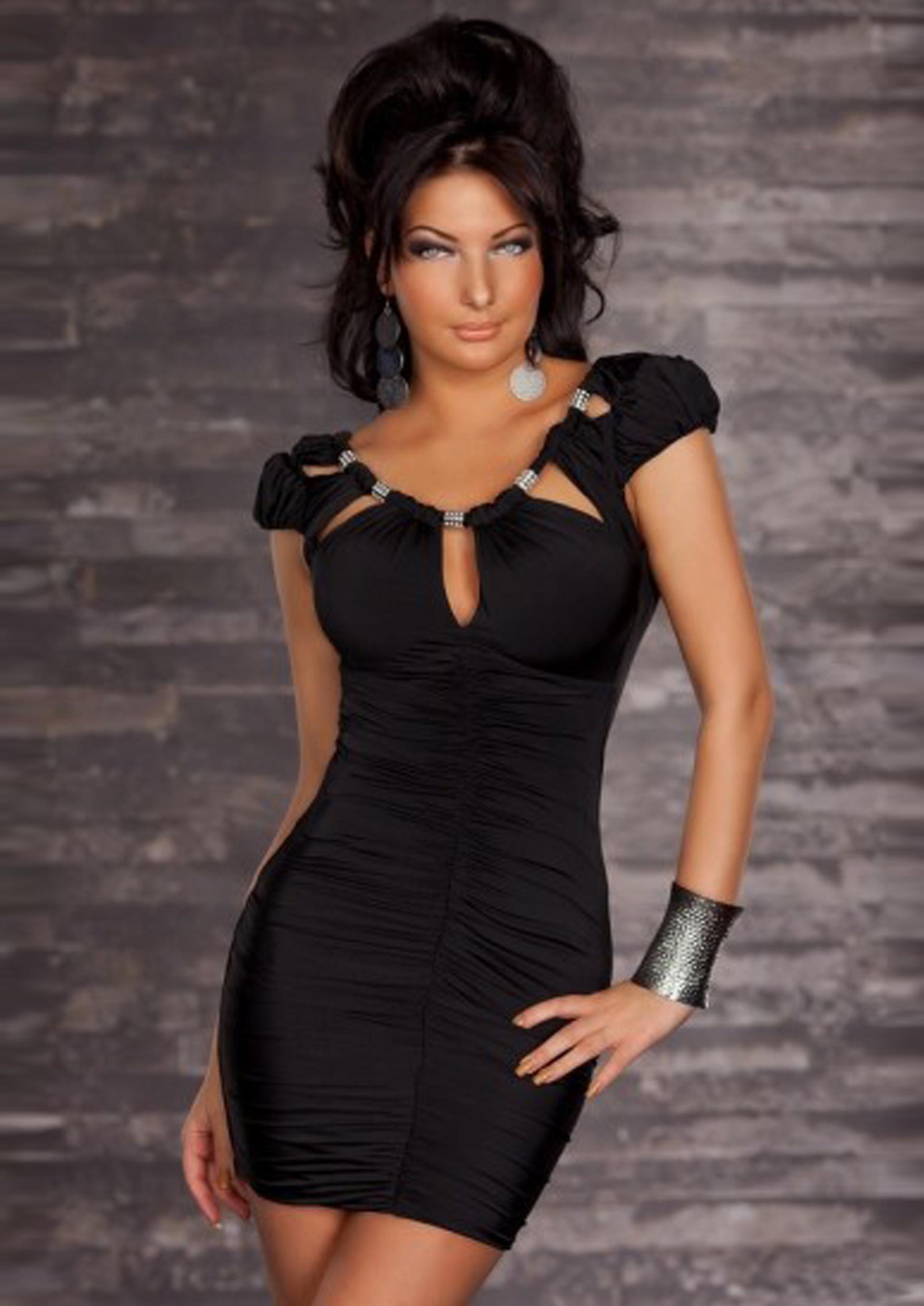 Сексуальное фото в черном платье 12 фотография
