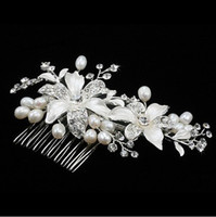 Rhinestone/Crystal Crown  Free Shipping In Stock High quality Beautiful Crystal pearl Stunning wedding bridal crystal flora Tiaras hair accessory headpiece