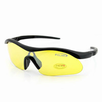 Wholesale 2013 Fashion UV Protection Outdoor Sports Sunglasses Goggles UV400 protection to protect your eyes from burning UV Lens Size L x W x