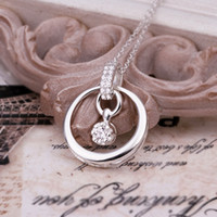 Wholesale Fashion trend high quality silver pendant Inlaid Swarovski Elements Crystal beautifully Minimalist circle necklace jewelry holiday gifts