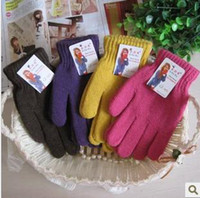 Wholesale Pure color winter fashion ladies wool gloves manufacturers selling warm fingers gloves han edition