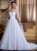 Wholesale New arrival Custom Made A line Sweetheart Beaded Sash Beautiful Applique Beading Wedding Dresses Chapel Bridal Dress