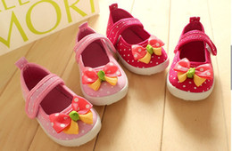 Wholesale 10 off years old baby single shoes infant baby pink red bow toddler shoes sale girl shoes non slip baby shoes on sale pairs ZL