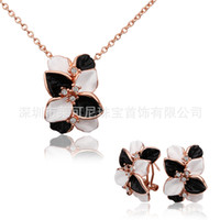 Earrings & Necklace Crystal, Rhinestone Alloy Professional production of South Korean popular flower diamond nelace pendant drop of European and Aican jewelry wholesa