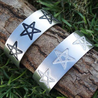 Wholesale Th1_Pentagram Pentacle Star Pagan Wicca Magic Silver Pewter Bangle Bracelet Cuff