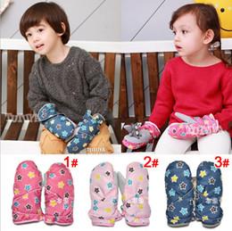 Wholesale ST0134 new girls star mittens children gloves kids baseball glove winter warm accessories color jlbgmy