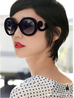 Wholesale 8857 Hot Products Retro round Sun glasses women driver UV400 sunglasses women brand designer