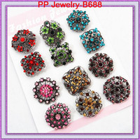 Men's antique silver brooches - High Quality Vintage Style Antique Silver Tone Mixed Design Multi Color Rhinestone Flower Brooch B688