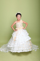 Reference Images Girl Beads Wholesale Luxury A-line Long Tail Wedding Dress Ball Gown for Kids Performance clothing Singl-shoulder Girl Dresses Children's pageant dress