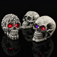 Wholesale Novelty Creative Toy Funny Spoof the Whole Person Props Resin Skull Luminous Printing Antique Skull Halloween Decoration