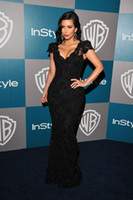 Wholesale Kim Kardashian Black Lace Evening Dress Mermaid Cap Sleeve V Neck Golden Globes Party Gown