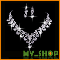 Wholesale Bride Accessories Jewelry Sets Necklace Wedding Accessories Necklace and Earrings Set Alloy Necklace