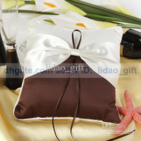 Wholesale Elegant Cream and Chocolate Special Bridal Ring Bearer Pillow for Wedding Party Favors