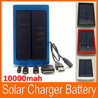 Wholesale High Capacity Solar Charger and Battery mAh Solar Panel Dual Charging Ports portable power bank for Cell phone MP3 USB output color