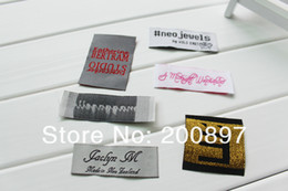 Free shipping 1000pcs lot woven clothing labels in roll clothing side label loop fold accept customized