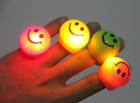 Wholesale 10pcs Plastics Cute Candy Colored LED Smile Face Flash Light Rings Finger Laser Rings Creativity Dance Party Wedding Supplies Toys