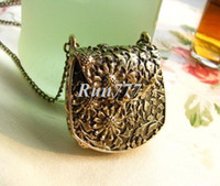 Wholesale Bronze sculpture court and flowers retro bag sweater chain pendant item to open the N455