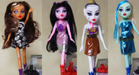 Wholesale 24cm girls monster high dolls set with fashion clothes and shoes accessorry comb toys gift