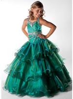 Girl amazing girls dresses - Amazing Halter Tiered Ball Gowns Emerald Unique Pageant Dress Little Girls Party Gowns UF1063F