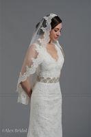 Wholesale White Single Layer Alemcom Lace Wedding Bridal Veils Hot Slae Cheap Tier Lace Edge Bridal Accessory Veil Transparent Tulle