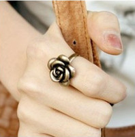 Wholesale Small accessories fashion personality vintage copper fashion rose ring finger ring jewelry female